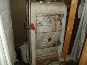 Boiler insulated with asbestos